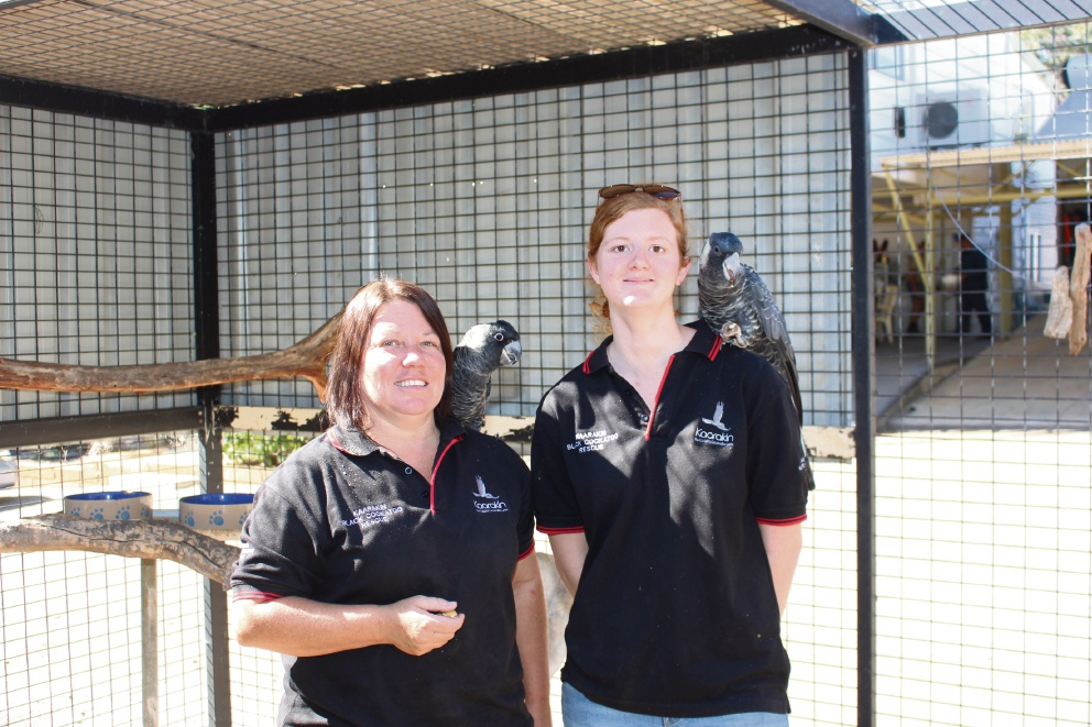 Kathy Dewhurst and Julie Loxton at Kaarakin Cockatoo Conservation Centre.