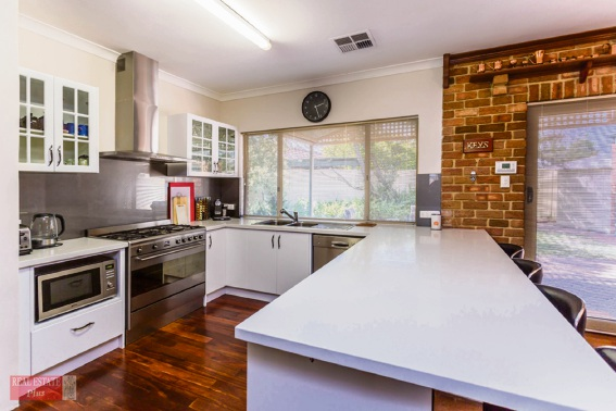 High Wycombe, 6 Lemon Court – $539,000-$565,000