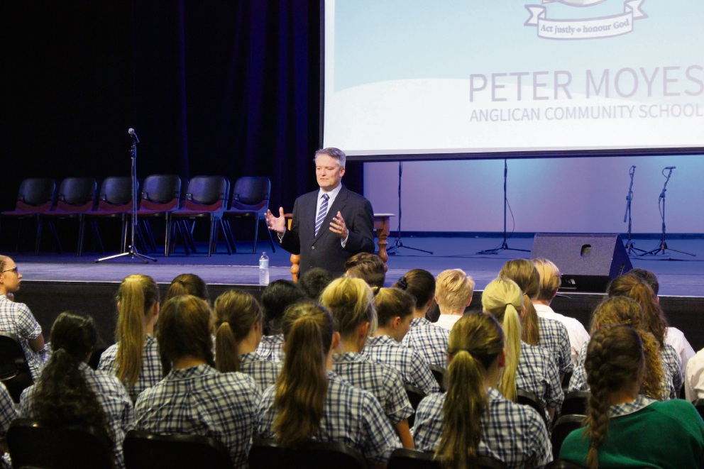 Peter Moyes Anglican Community School paid visit by Federral minister Mathias Cormann