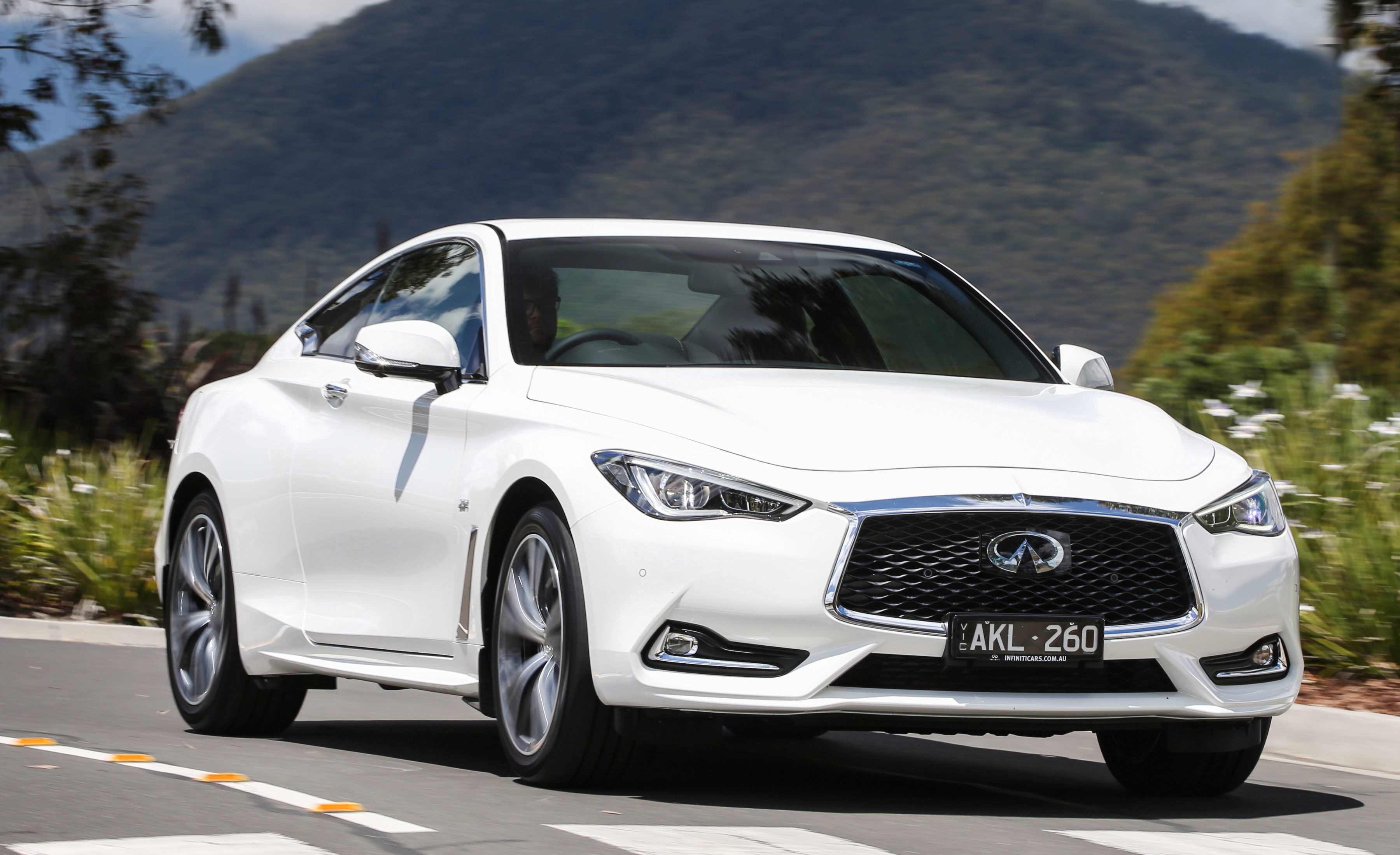 Infiniti Q60: beauty meets brains