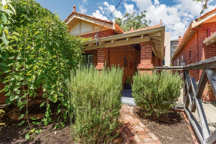 West Perth, 27 Kingston Avenue – From $689,000