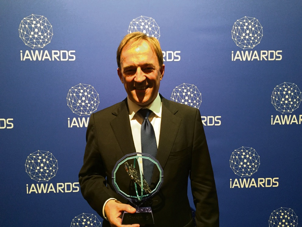 Paul Ostergaard with his iAward.