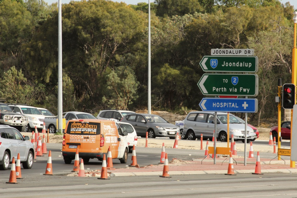 Wanneroo Rd and Joondalup Dve intersection upgrades behind schedule because of summer rains