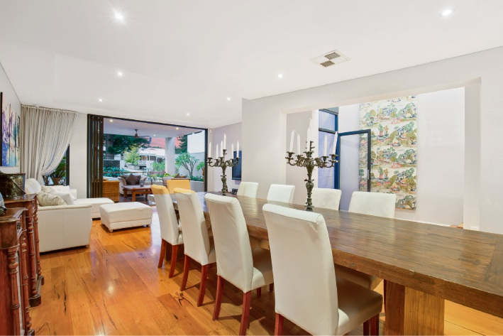 Cottesloe, 37A Pearse Street – Offers by June 1