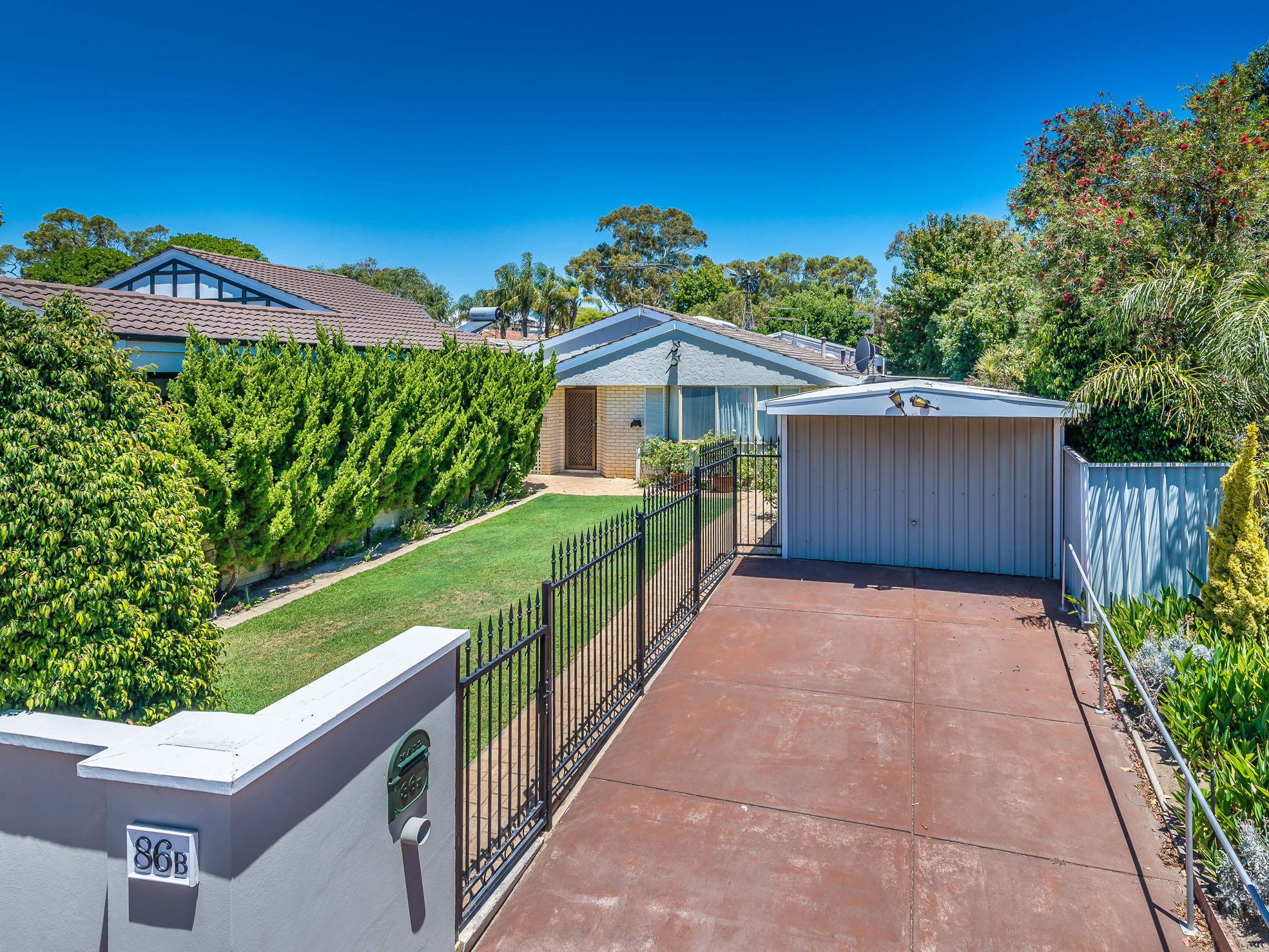 86B Waratah Avenue, Dalkeith – offers by May 29