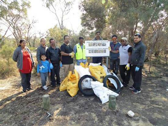 Orelia: Wildflower Reserve gets cleaned up by Our Kwinana group