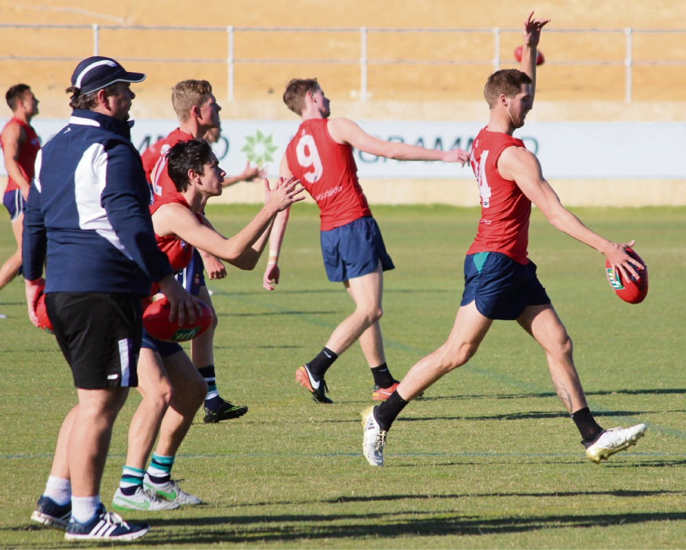 WAFL: Thunder heard on Fremantle Dockers new home turf