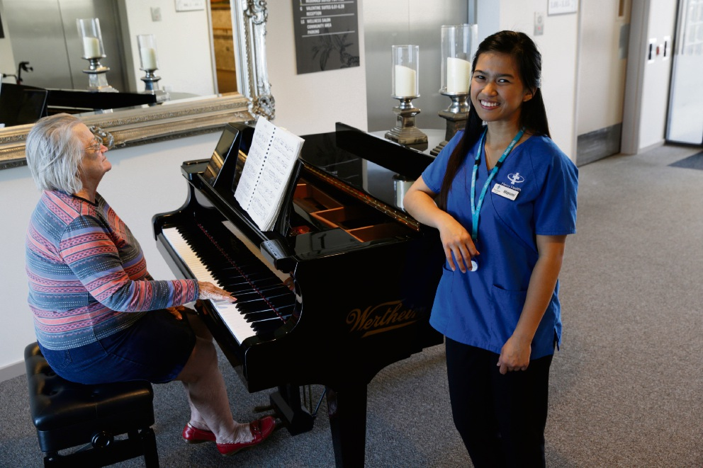 Mayumi Morales loves to sing for residents, accompanied here by Shirley Maffina. Picture: Andrew Ritchie        www.communitypix.com.au   d469403