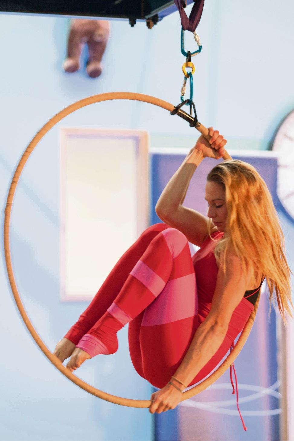 CirQuest Circus Joondalup's Jade Mills. Picture: Justin Tompkin-Drew