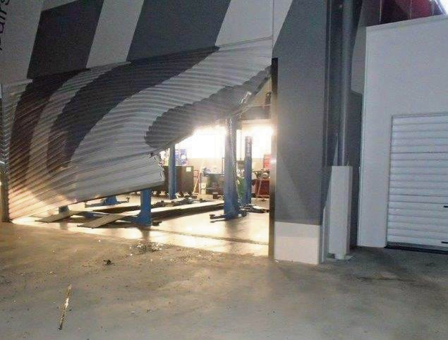 Thieves caused extensive damage to a Mandurah business last night