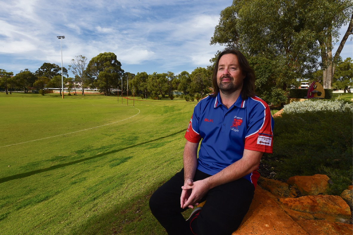 Kwinana footy coach Glenn Riseley has been undergoing chemotherapy for stage four Non-Hodgkin Lymphoma.