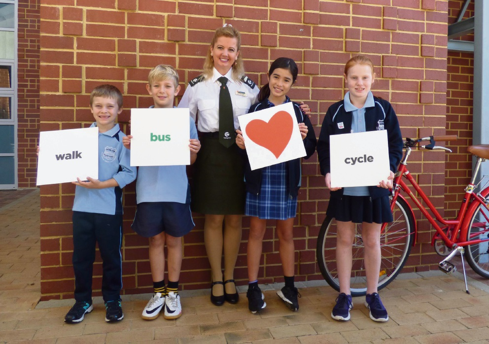 Department of Transport education team member Margie Martin (centre) with Victoria Park Primary School students Alexander Newsom, Dylan Holmes, Chelsea Moores and Izzy Bolton.