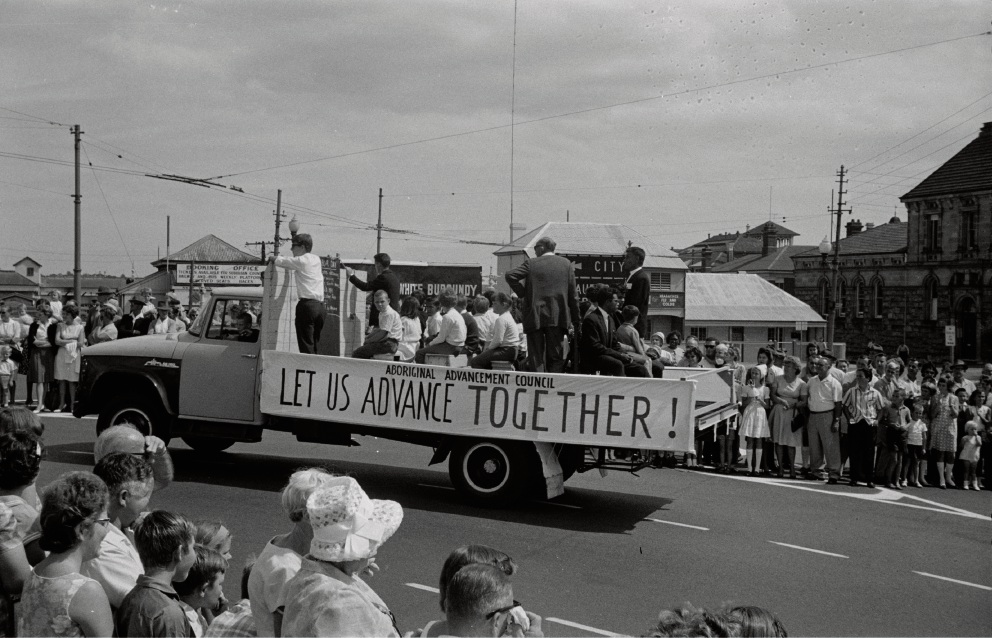 "A groundswell of support for the ""yes"" vote at Beaufort Street, Perth on Labour Day 1966. Picture: State Library of Western Australia"