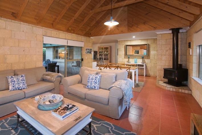 Dunsborough, 3 Rainbird Place – $769,000 – 789,000