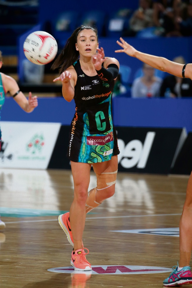 Super Netball: West Coast Fever ends season with disappointing 26-point loss to Melbourne Fever