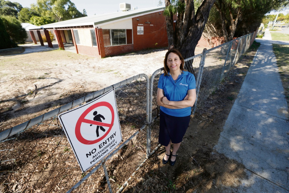 Meerilinga operations manager Louise MacFarlane at the Deanmore Pre-Primary school site. Picture: Andrew Ritchie �������www.communitypix.com.au   d470480