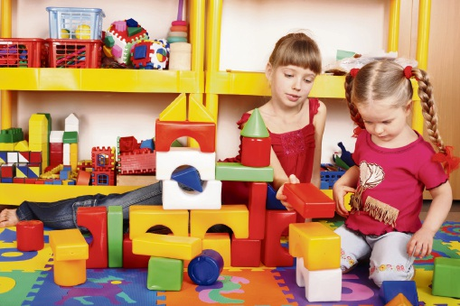 Mandurah childcare centre drops fees to combat cost of raising a family