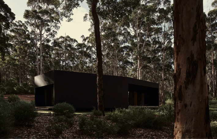 The Marshall Clifton Award for Residential Architecture - Houses (New) went to MORQ for a project in Boranup in the South-west.