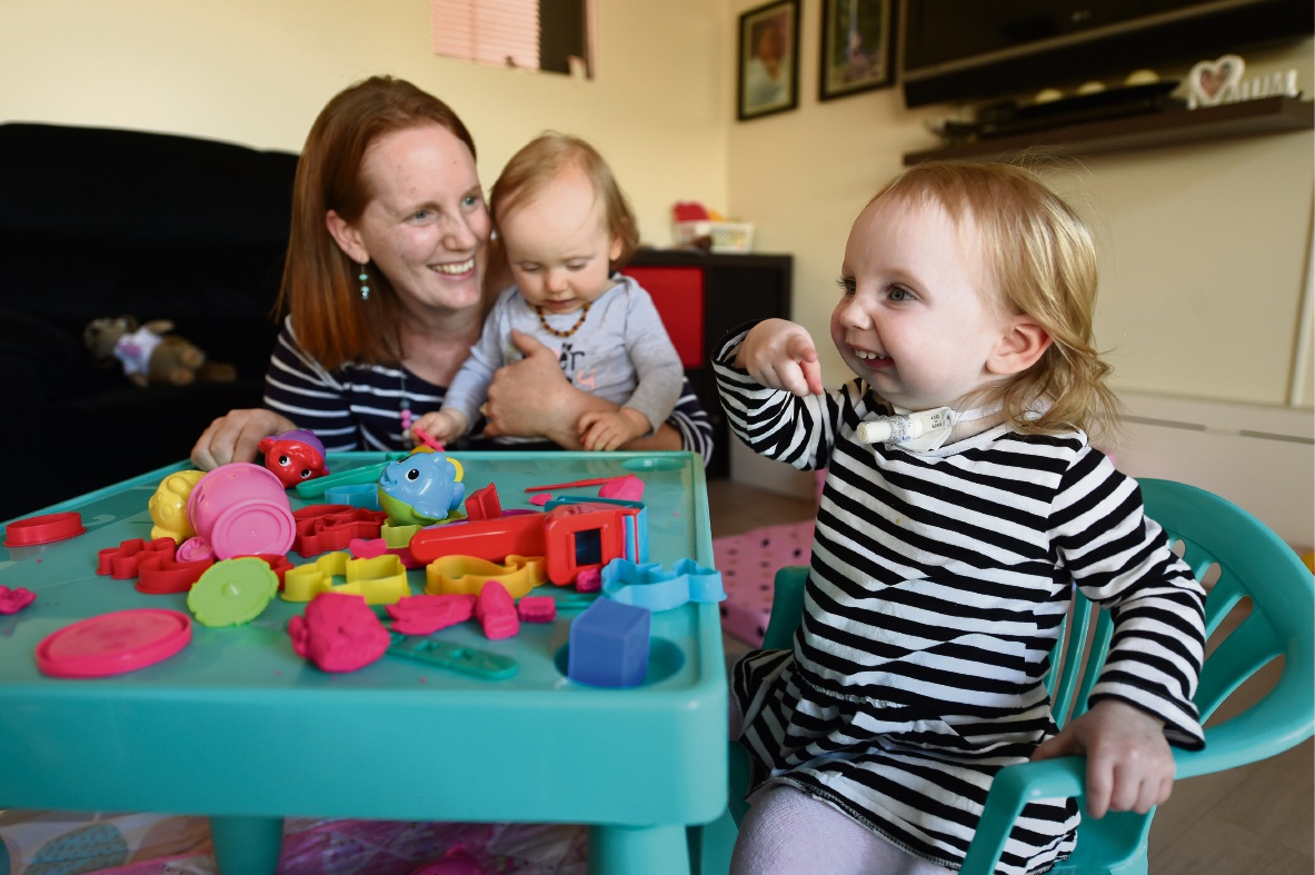 Belinda Honess with daughters Heidi-May and Isabelle. Picture: Jon Hewson