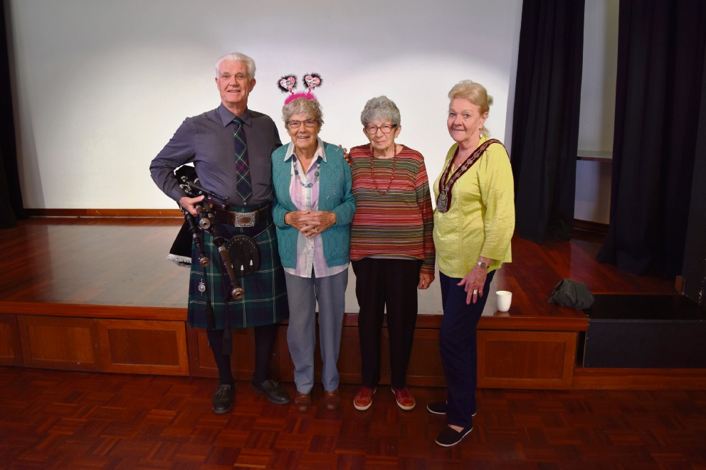 Class members Trevor Sutcliffe, Betty Jeans and Beryl Campbell with Mayor Heather Henderson.
