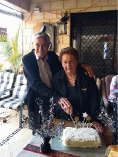 Daughters treat Merriwa couple to 65th anniversary surprise