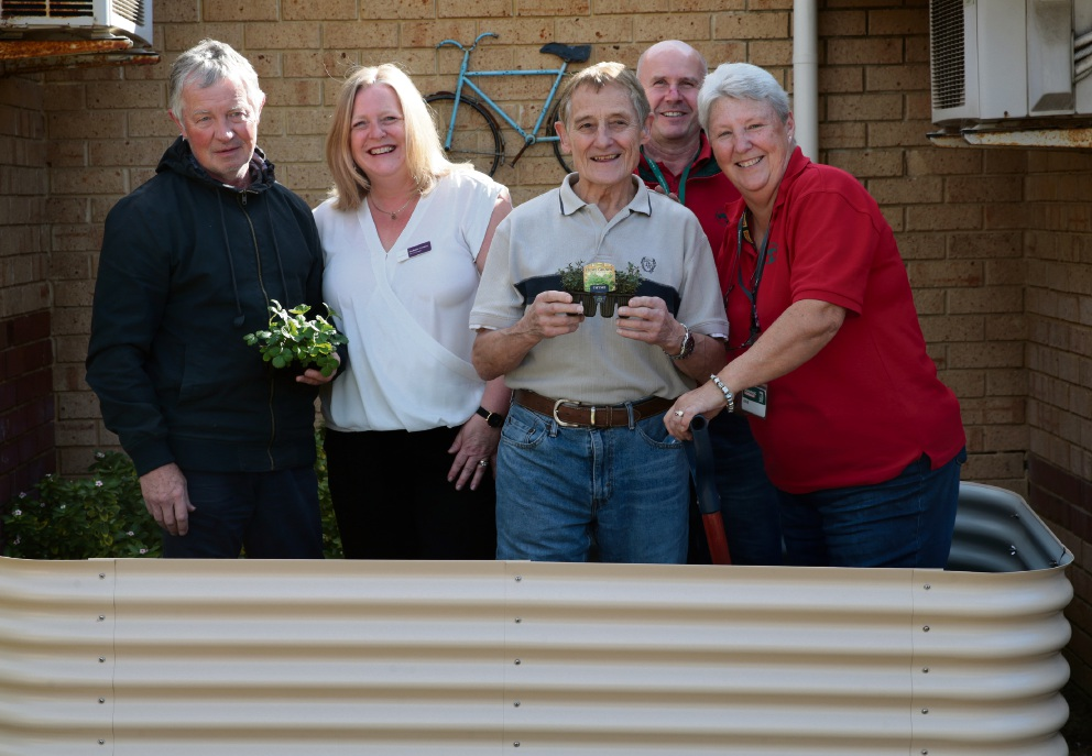 Bob Stiller, Michelle Lindley, John McDonald, and David Griffiths and Julie Otremba from Bunnings Mindarie. Picture: Martin Kennealey