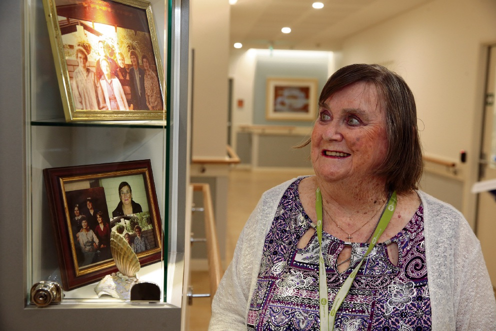 Shirley Boyd with the memory box outside her room at Bethanie Gwelup. Picture: Martin Kennealey   www.communitypix.com.au d469431