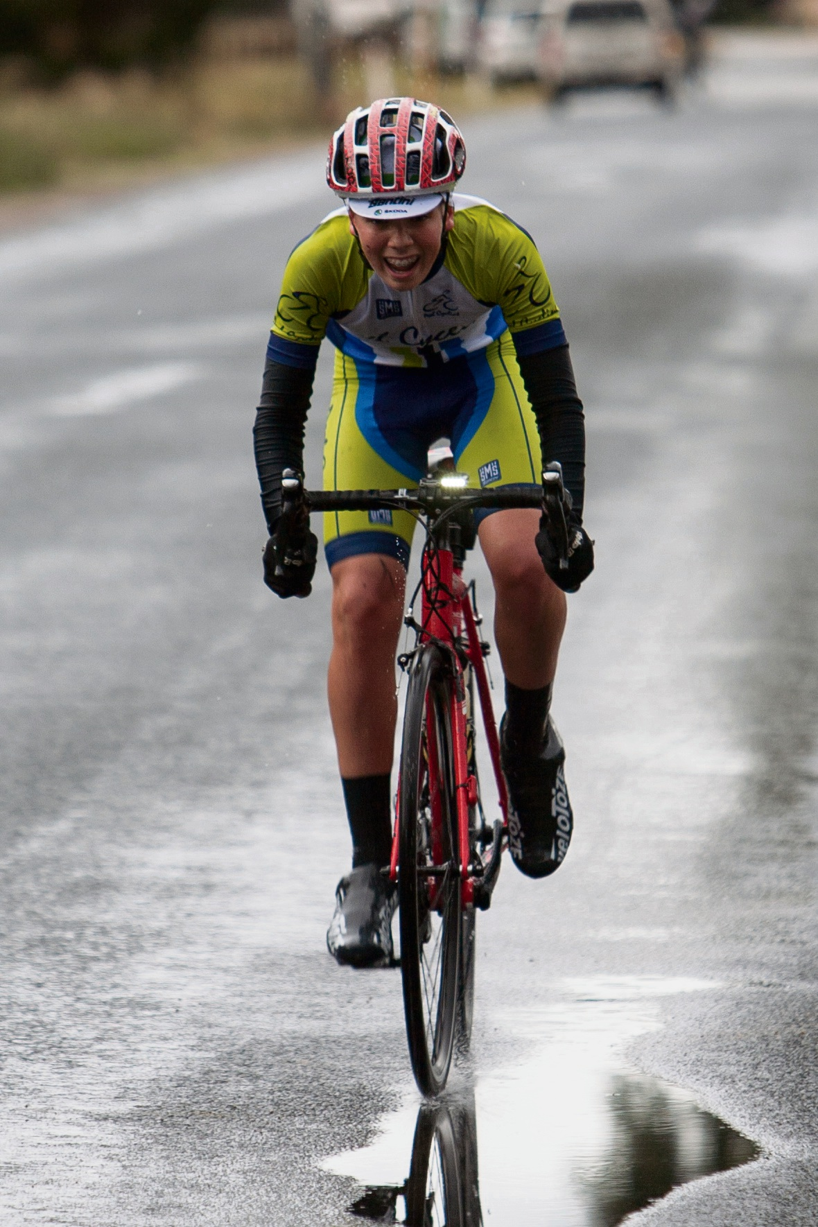 Calum Milne battled the elements to finish the race. Picture: Nick Cowie