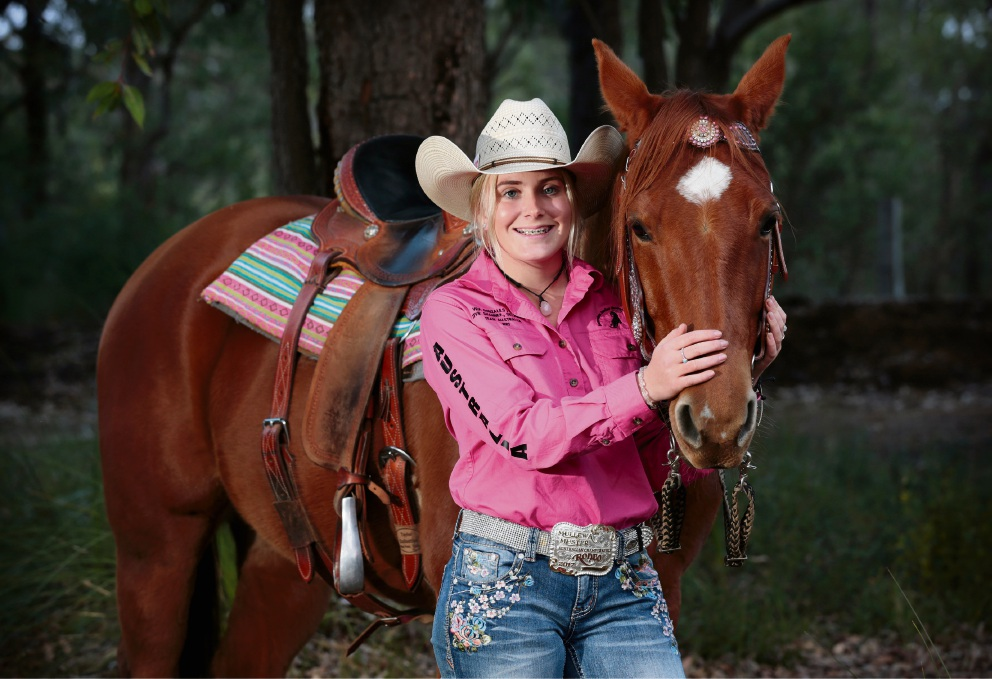 Maddie Spanjers (14) of Mundaring with her nine-year-old quarter horse Hank. Picture: David Baylis www.communitypix.com.au   d471176
