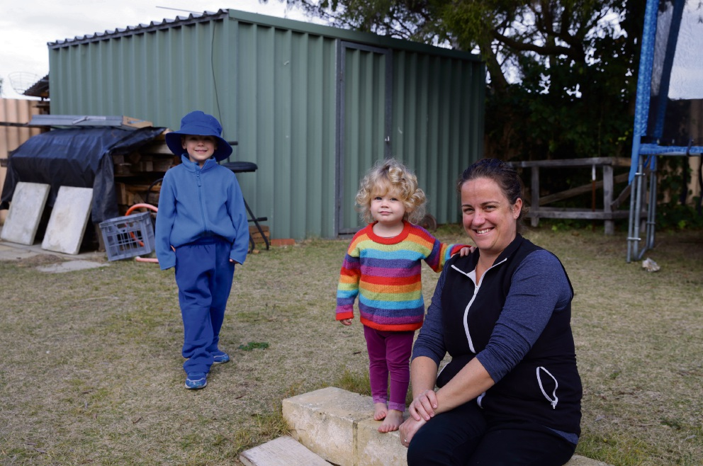 Vicki-Lee Morrison with her children Jack (4) and Eva (1). Picture: Martin Kennealey www.communitypix.com.au   d471223