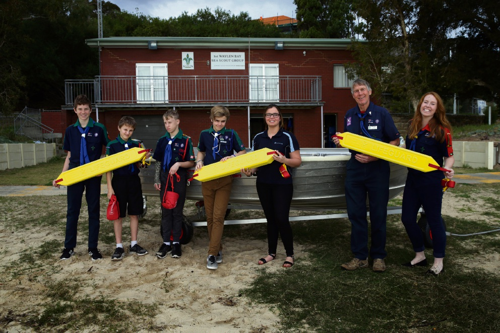Royal Life Saving Society of WA donates rescue and safety equipment to Applecross-based Waylen Bay Sea Scouts