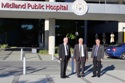 Minister for Aged Care and Indigenous Health Ken Wyatt (centre), with City of Swan chief exective Mike Foley (left) and Mayor Mick Wainwright (right) at the Midland health precinct.