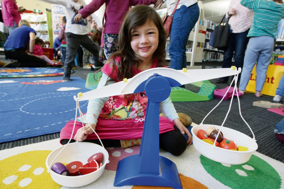 Sharp Richmond at the Scitech workshop for kids at Midland Library. Picture: Bruce Hunt