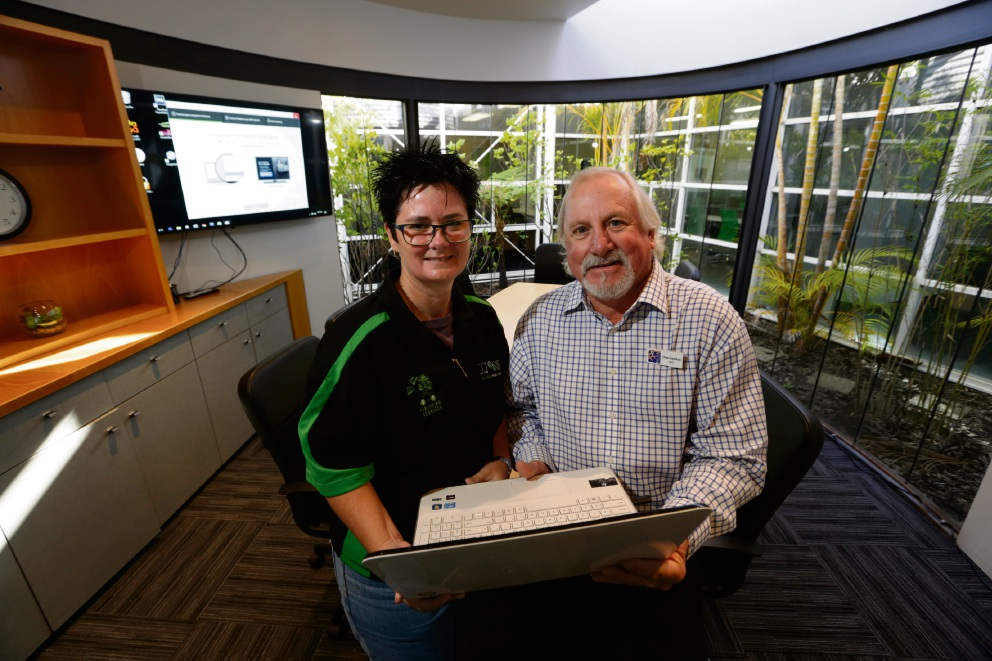 Malaga and Districts Business Association President Felicity Orr (Malaga Print and Copy) with Malaga and Districts Business Association chief executive Clive Haddow . Picture: Andrew Ritchie d471441