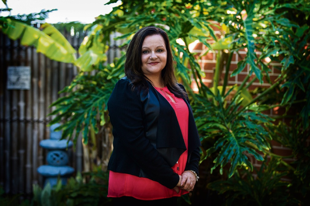 Michelle Clark, who received cornea transplants in 1994 and 1995, and is also a registered organ donor, is urging more people to register.  Picture: Will Russell www.communitypix.com.au d472029