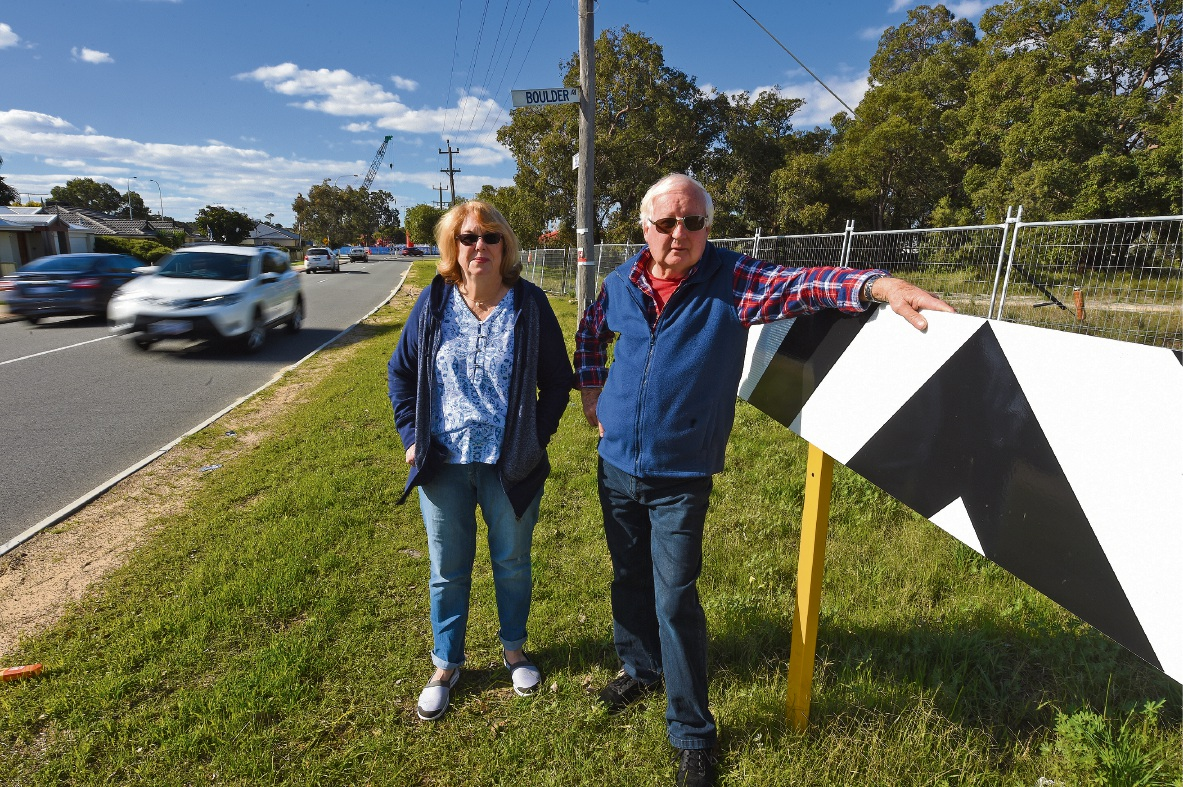 Brian and Sandra Robinson  have gathered 30 signatures from residents in the area similarly concerned that Boulder Avenue is turning into a treacherous rat run. Picture: Jon Hewson www.communitypix.com.au   d472226