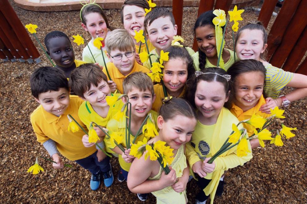 Yell out for yellow: Students at Anne Hamersley Primary School in The Vines are raising funds on Daffodil Day. Picture: Bruce Hunt