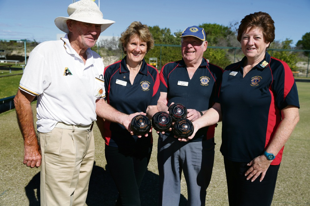 Andy Robertson (Yanchep Bowling Club) with Lorraine Alvin,Malcolm Gow and Annie Purdy from Yanchep Two Rocks Lions Club. Picture: Martin Kennealey d472314