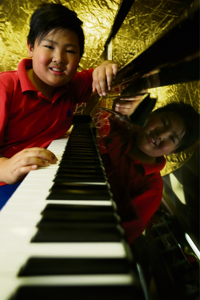 Ballajura resident and Illawarra Primary School Year 4 student Cayden Yong (9) won an international piano competition held in Salzburg, Austria in July. Picture: Andrew Ritchie www.communitypix.com.au   d472738