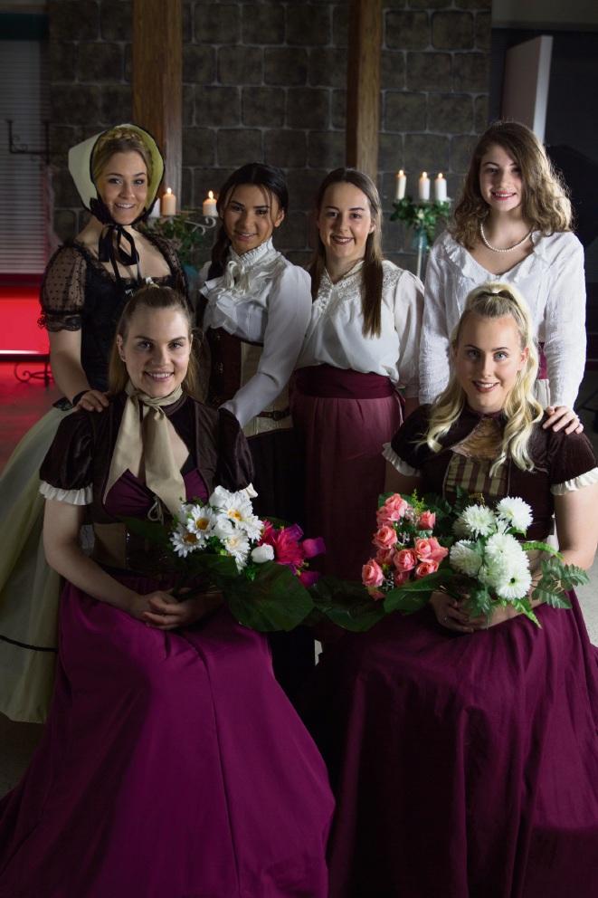 Jessica Weir (16), Kenisha Yam (16), Tahlia May (19), Leah Cusma (14), Katy Astle (20) and Stacey Taylor (17).