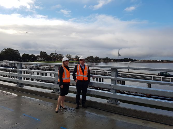 Transport Minister Rita Saffioti and Local Govt Minister and Mandurah MLA David Templeman inspect the new Mandurah Bridge.