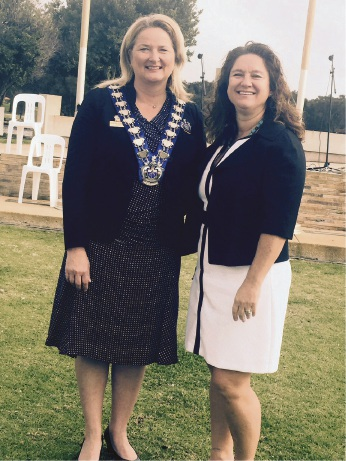 Mandurah Mayor Marina Vergone and US consul general Rachel Cooke.