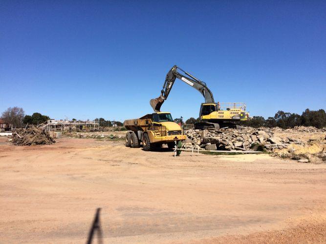 Demolition works at Midland Saleyards. Picture: Bruce Hunt