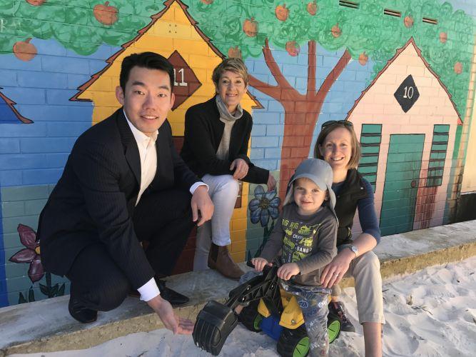 3 Oceans Managing Director Dyno Zhang, WSNH co-ordinator Jenni Kopij, Christie Jones and Patrick Jones.