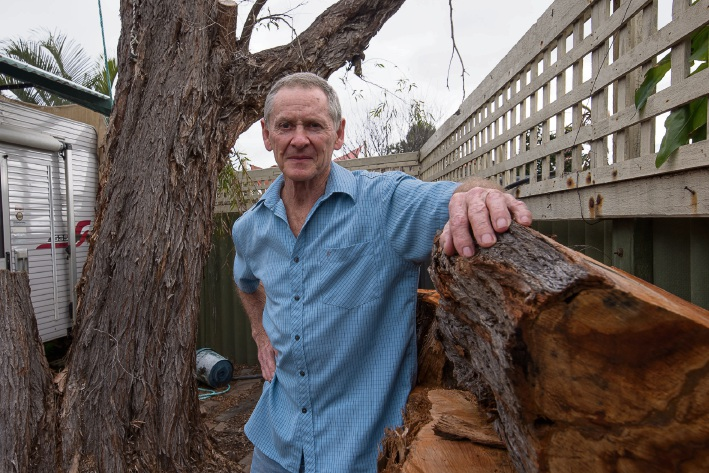 Wilf Snook of Willetton warns people to be wary of cold calls from men offering tree pruning services. Picture: Emma Geary