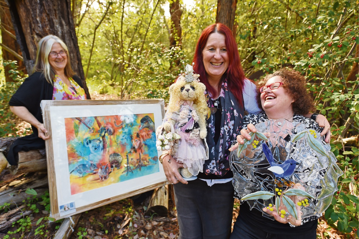 Artists Catherine Kelley, Kay Cooper and Lorraine Chaplin-Mills will be opening their studio for the event. Picture: Jon Hewson www.communitypix.com.au   d473079