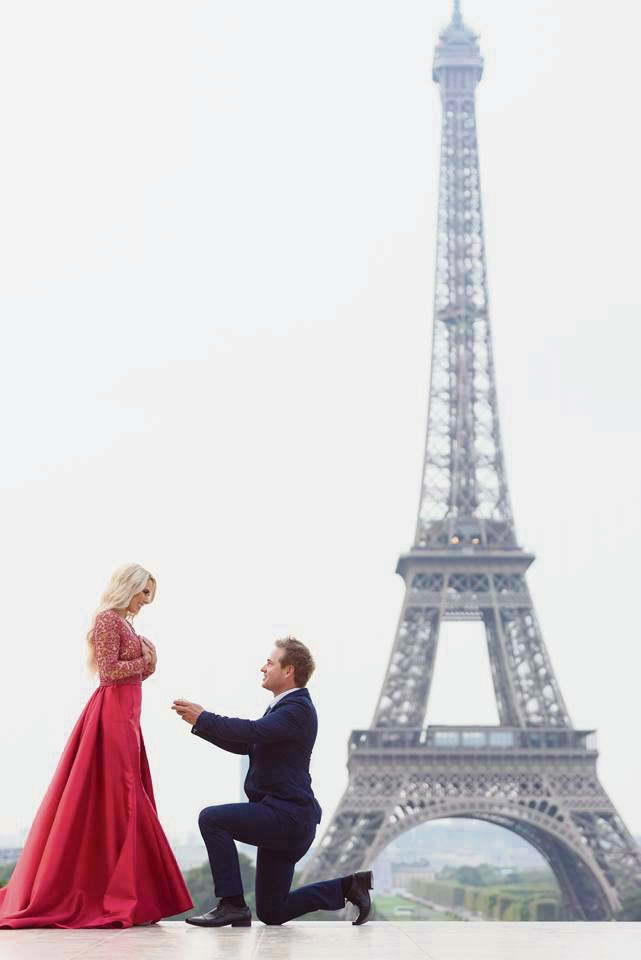 Eiffel Tower provides backdrop for Waroona girl's magic marriage proposal