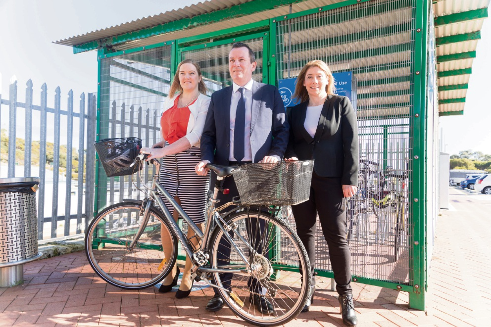 Kingsley MLA Jessica Stojkovski, Premier Mark McGowan and Transport Minister Rita Saffioti announce cycle path funding.