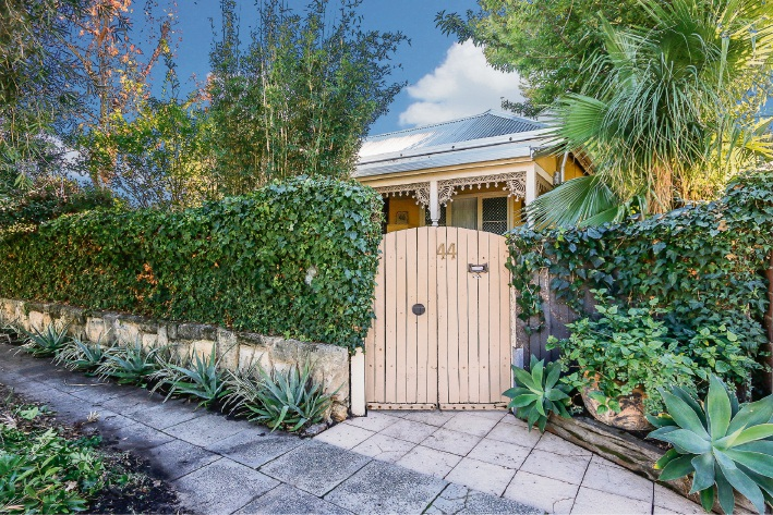 Suzy Costanzo sold this Subiaco character home with the potential to be renovated and extended in July.