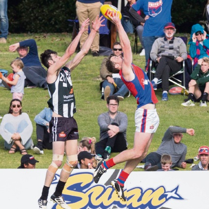 Michael Lourey marks against Swan Districts on Sunday. Picture: Dan White